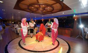 By Night Turkish Belly Dance Show & Dinner Tour
